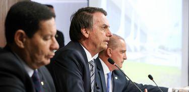 Bolsonaro diz que não vai declarar guerra a governadores de oposição