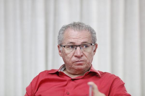 Assis reage a declaração de Bolsonaro sobre governadores