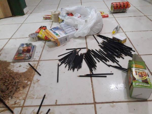 Bandidos arrombam creche e ameaçam um pm em cidade do PI