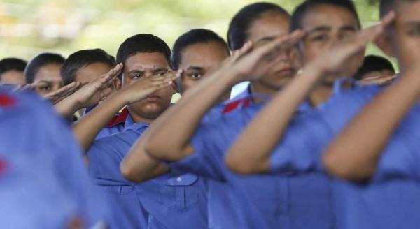 MEC tem agora secretarias para alfabetização e escolas militares
