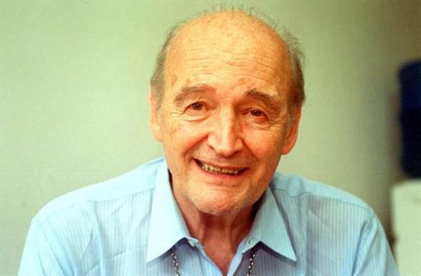 Padre Quevedo morre aos 88 anos