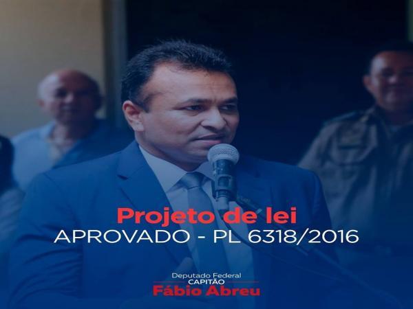 Deputado federal Fabio Abreu aprovou emenda que alterou o art. 353 do CP