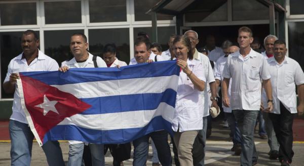 Programa estima que 1.900 médicos cubanos ficaram no Brasil
