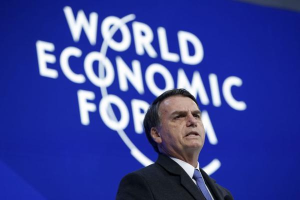Economia, Venezuela e Battisti são temas de Bolsonaro em Davos