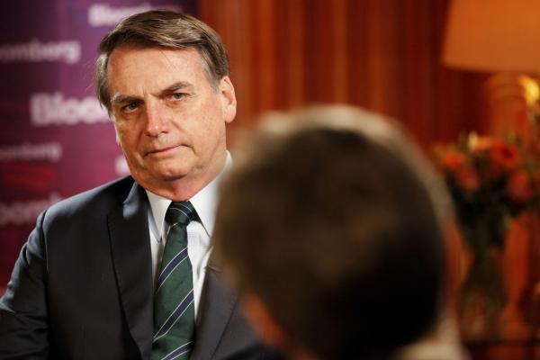Bolsonaro diz que reforma da Previdência fará cortes substanciais