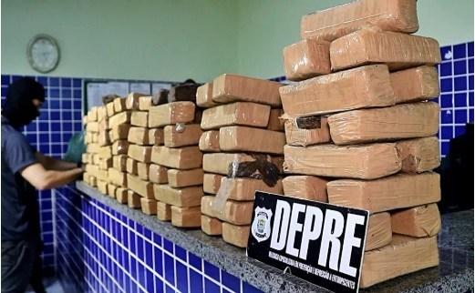 Polícia apreende mais de 100 kg de drogas no litoral do Piauí