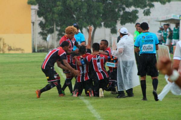 Invictos caem na chuva de gols da 7ª rodada do Campeonato Piauiense