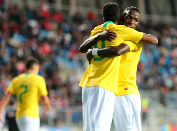 Com Vinícius Jr. e Paquetá, Tite convoca seleção brasileira para amistosos