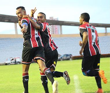 River goleia 4 de Julho e assume a liderança do Campeonato Piauiense