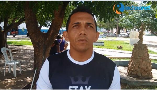 Homem descobre aos 35 anos que foi raptado da família biológica