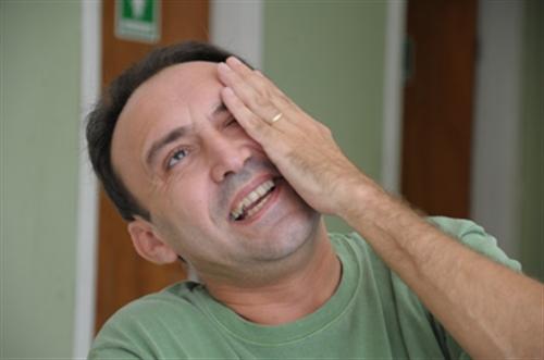 Assista o comediante Dirceu Andrade com o Karlos Wendell